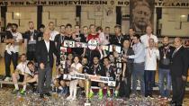 Şampiyon Beşiktaş Mogaz Kupasına Kavuştu