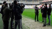 Beşiktaş Taraftarlarını Dijital Ekranlarda Ağırlayacak!